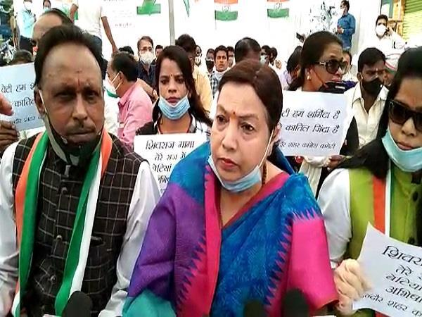 congress holds silence over hathras case