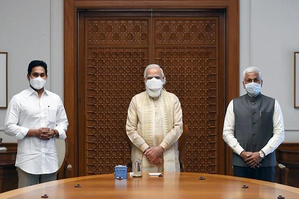 jaganmohan reddy meets pm modi amid speculation about joining nda