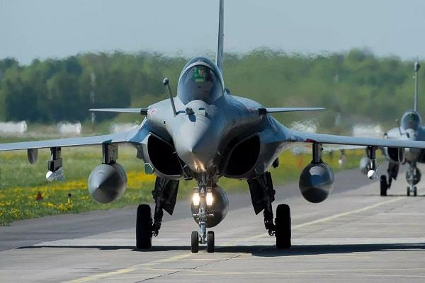 indian team arrives in france to take second shipment of rafael