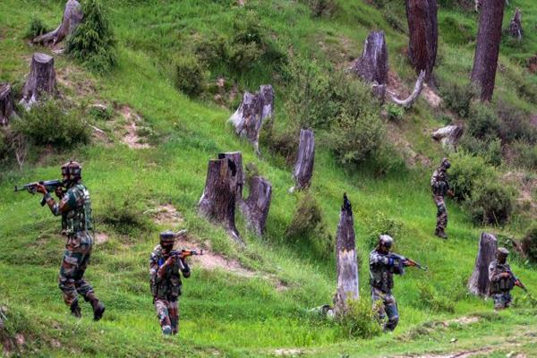 army foiled bid of bat attack inkashmir
