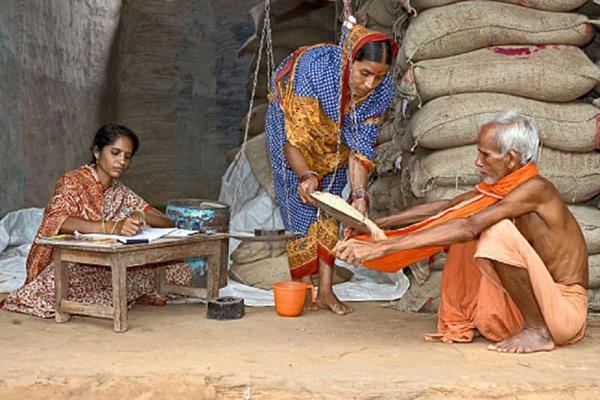 big news for common man now green ration card is being made know about it