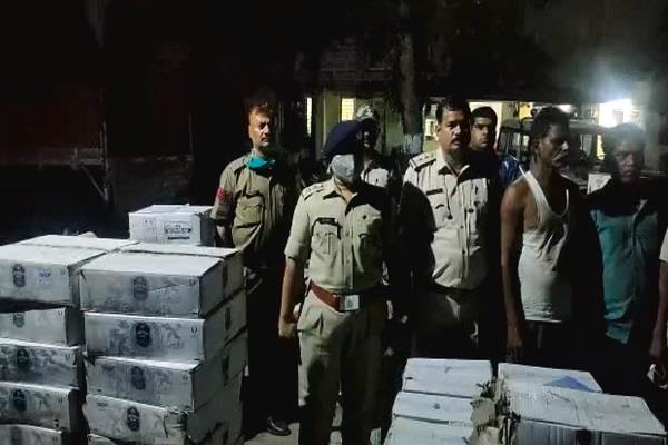 thousands of english liquor caught in raids in raisen