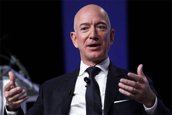 person complains to amazon ceo about missing delivery packet