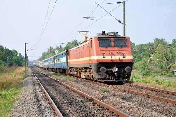 head stuck in engine found 1300 km away in bengaluru