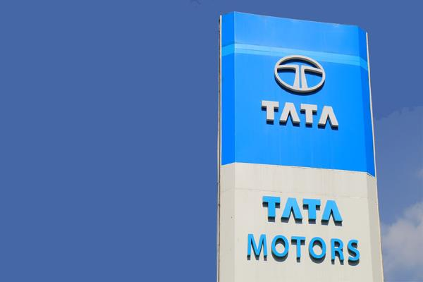tata motors reported a net loss of rs 307 crore