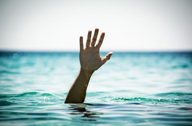 two minor sisters died due to drowning in gambharkhad