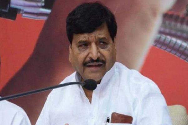 shivpal tightened on yogi jungle rule in up due to non control of officer royal