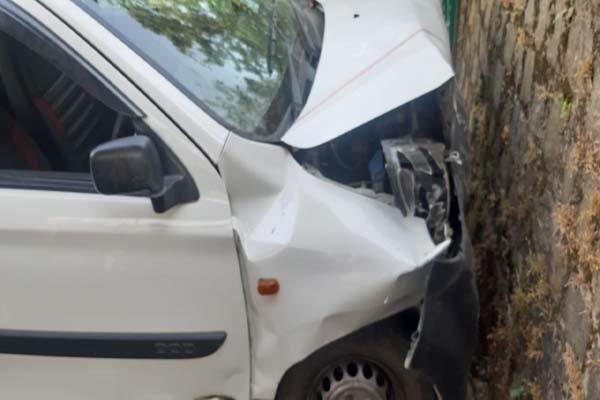 uncontrolled car survivors narrowly escaped trainee driver during trial