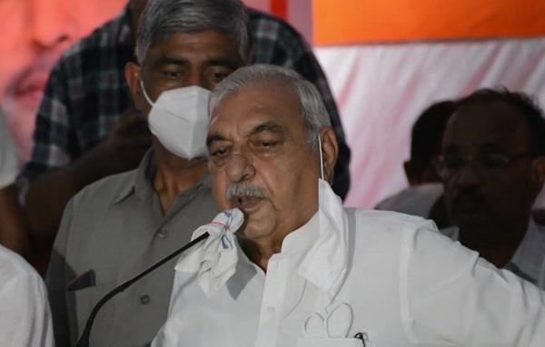 congress fielded thousands of workers for baroda vijay