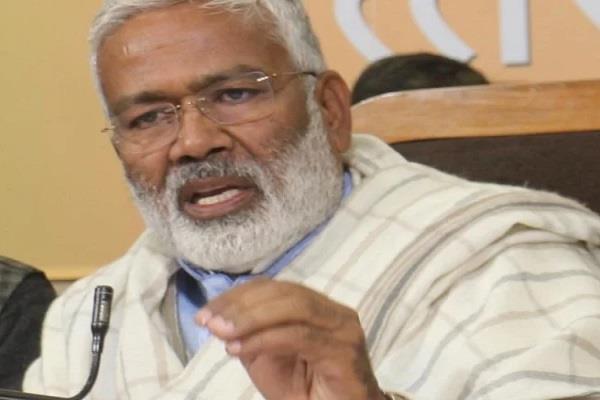 poor and hard working politics is not part of politics for bjp swatantradev