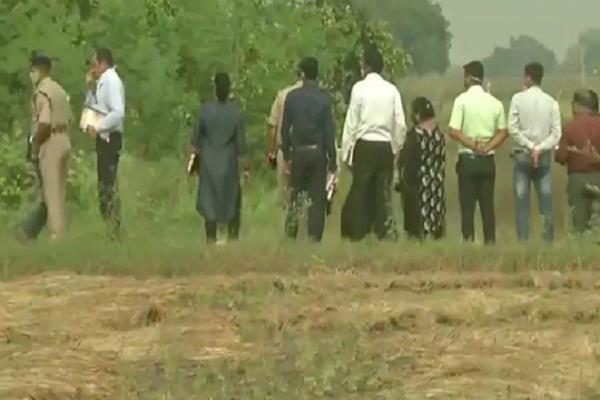 cbi inspected the crime scene questioned the family of the deceased