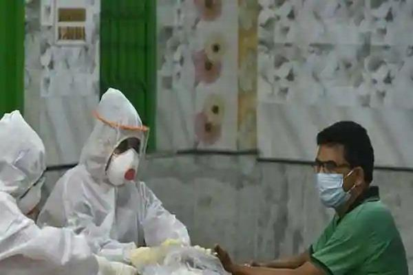 31 more patients die from covid 19 in delhi 2 154 new cases of infection