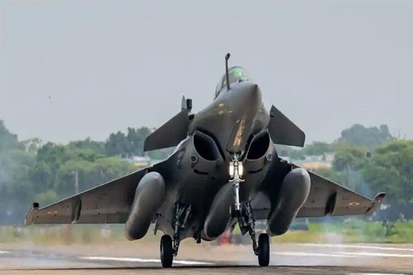 rafale to fly in  air force day  parade for the first time amid tension at lac