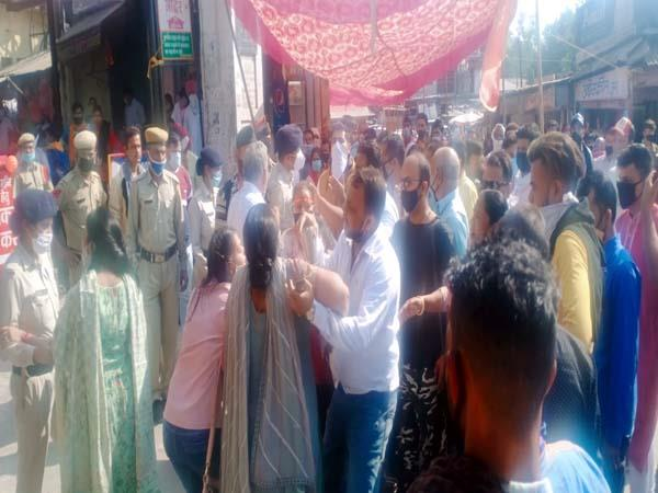 clash between devotees and police personnel