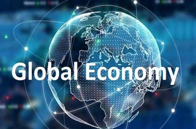 india lagging behind on the economic front