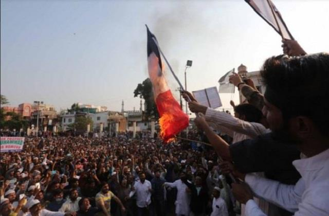 france s fire should not be set in india