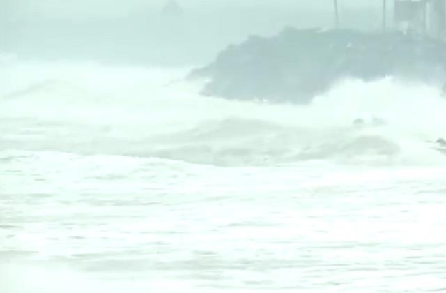 cyclonic storm nivar to cross tamil nadu