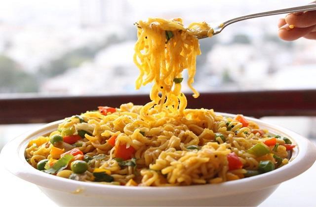 संडे को बनाकर खाएं मैगी नूडल्स बिरयानी