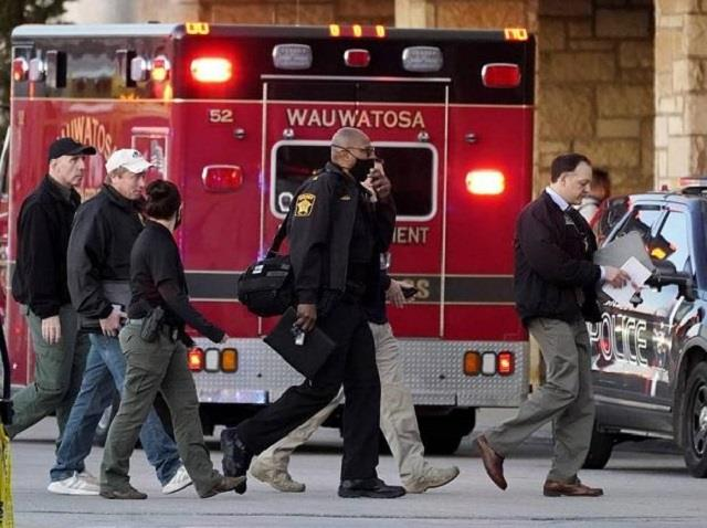 8 injured in us mall shooting police