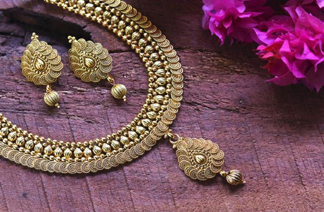 keep these important things in mind before buying gold on dhanteras