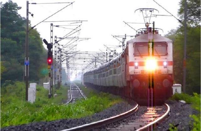 festival special train 8 puja special trains of railway started