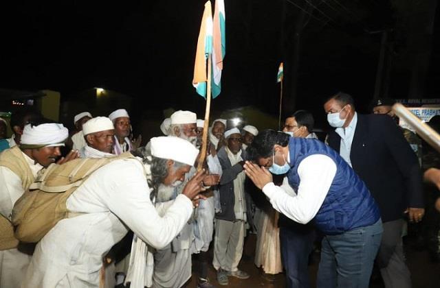 tana bhagat sangh representatives meet cm demand letter submitted