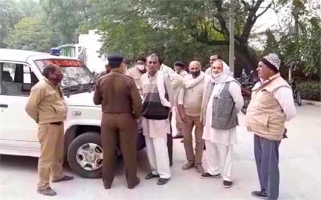 big police action before delhi cooch four farmer leaders arrested