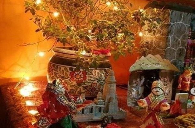 तुलसी पूजा में इन बातों का रखें ध्यान, नहीं तो नाराज हो जाएंगी देवी लक्ष्मी