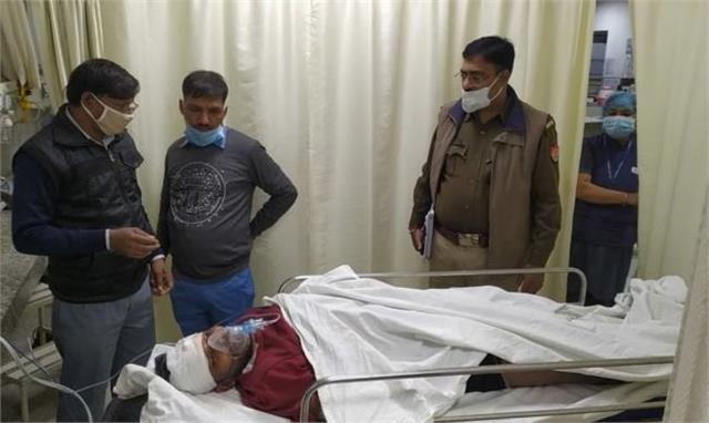ruckus in bulandshahr again bajrang dal attacked young man