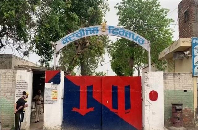 mobile phone recovered from 2 gangsters in central jail ferozepur