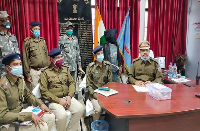 police arrested long running notorious criminal in pakur