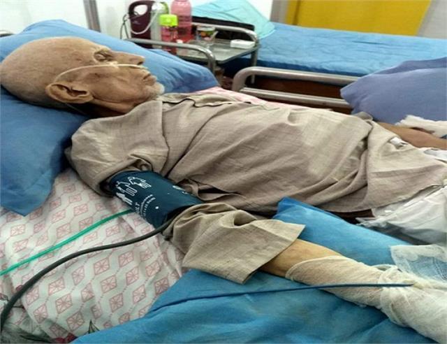 muslim cleric maulana kalbe sadiq s condition critical hospital admitted