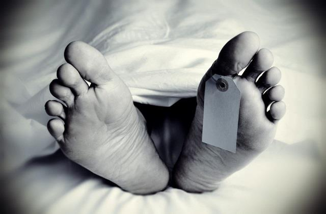 35 year old man dies after falling while working on a balcony