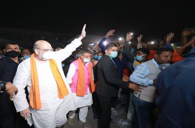 amit shah in west bengal says give bjp a chance