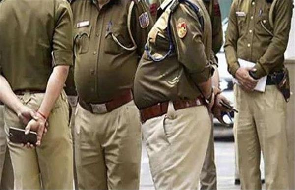 2 policemen who have crossed 50 years in sonbhadra retired