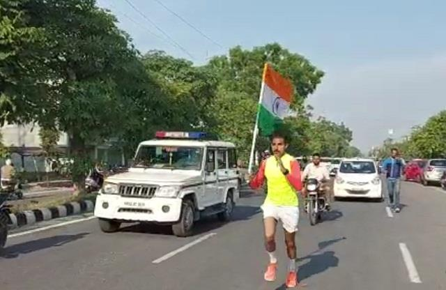 keshav set a record by running 100 kilometers in 10 hours