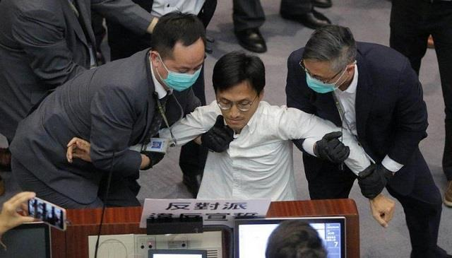 3 former pro democracy lawmakers arrested in hong kong