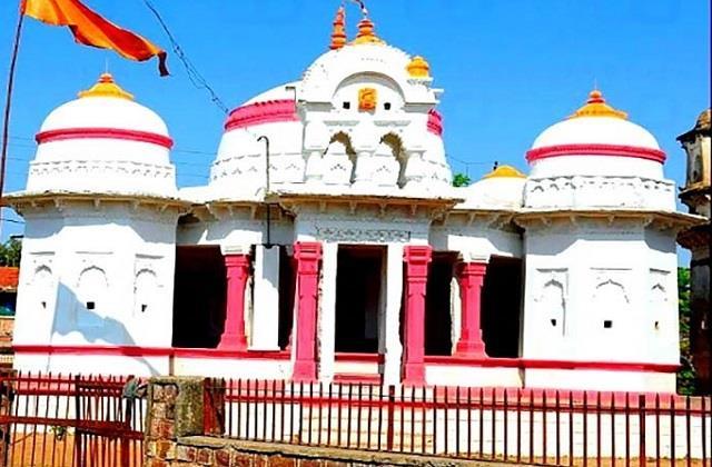 इस मंदिर में रंग बदलती है मां लक्ष्मी की प्रतिमा, दर्शन मात्र से पूरी होती है मन्नत