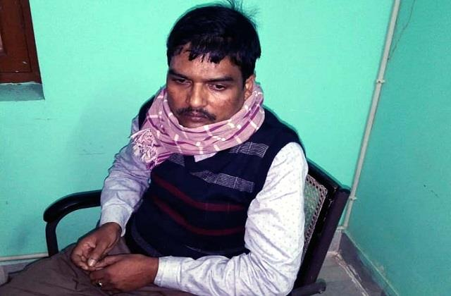 acb arrested jaynagar zone worker red handed taking bribe of 33000