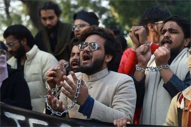 provocative statement of the amu student leader farhan juberi goes viral