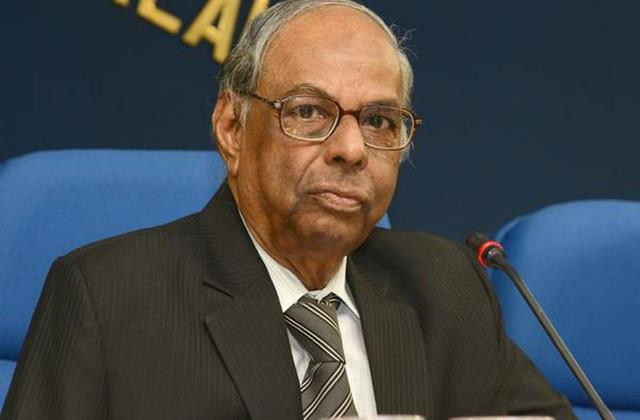 rbi former governor said there are signs of improvement in the economy