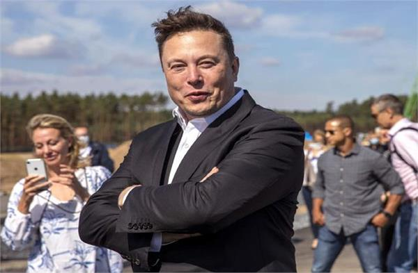 elon musk now world s third richest person overtakes mark zuckerberg