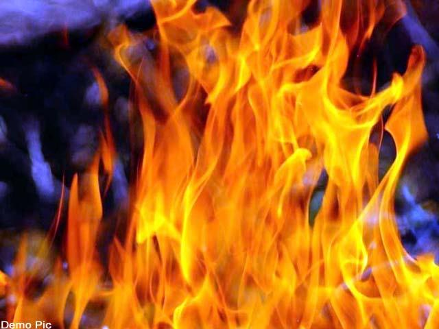 fire in house man burnt alive