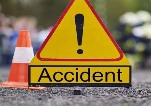 truck tempo road accident