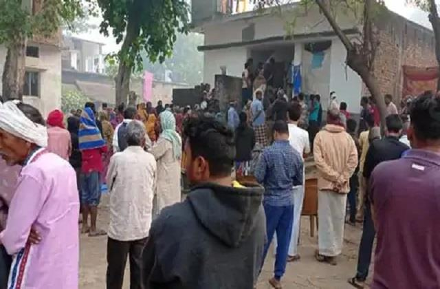 father beaten to death by protesting against molestation of daughter