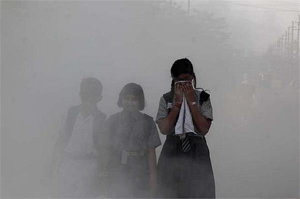 दिवाली से बढ़ा प्रदूषण, दिल्ली-यूपी समेत पंजाब की हवा भी हुई जहरीली