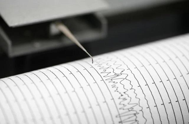 gujarat earthquake tremors felt in bharuch 4 2 magnitude on richter scale