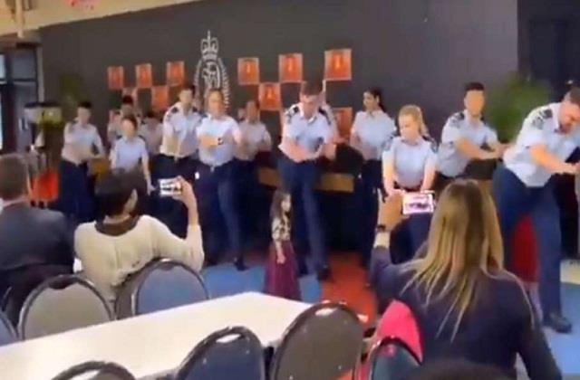 new zealand police did a bang on bollywood songs viral video