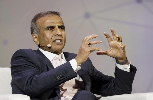sunil mittal said  it is difficult to stay in the market at current rates