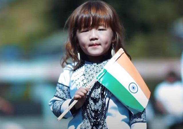 मिजोरम की नन्हीं एस्थर ने अनोखे अंदाज में गाया वन्दे मातरम, प्रधानमंत्री भी हुए मुरीद